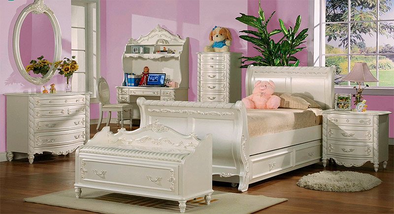 How To Give Your Baby Girl S Room A Complete Makeover To Princess Room Under